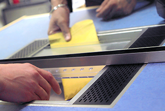 Cash transfer trays for banks and other office use